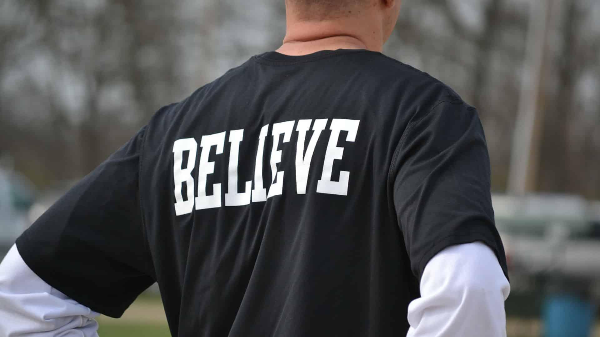 Mode : 3 bonnes raisons de choisir un t-shirt personnalisé