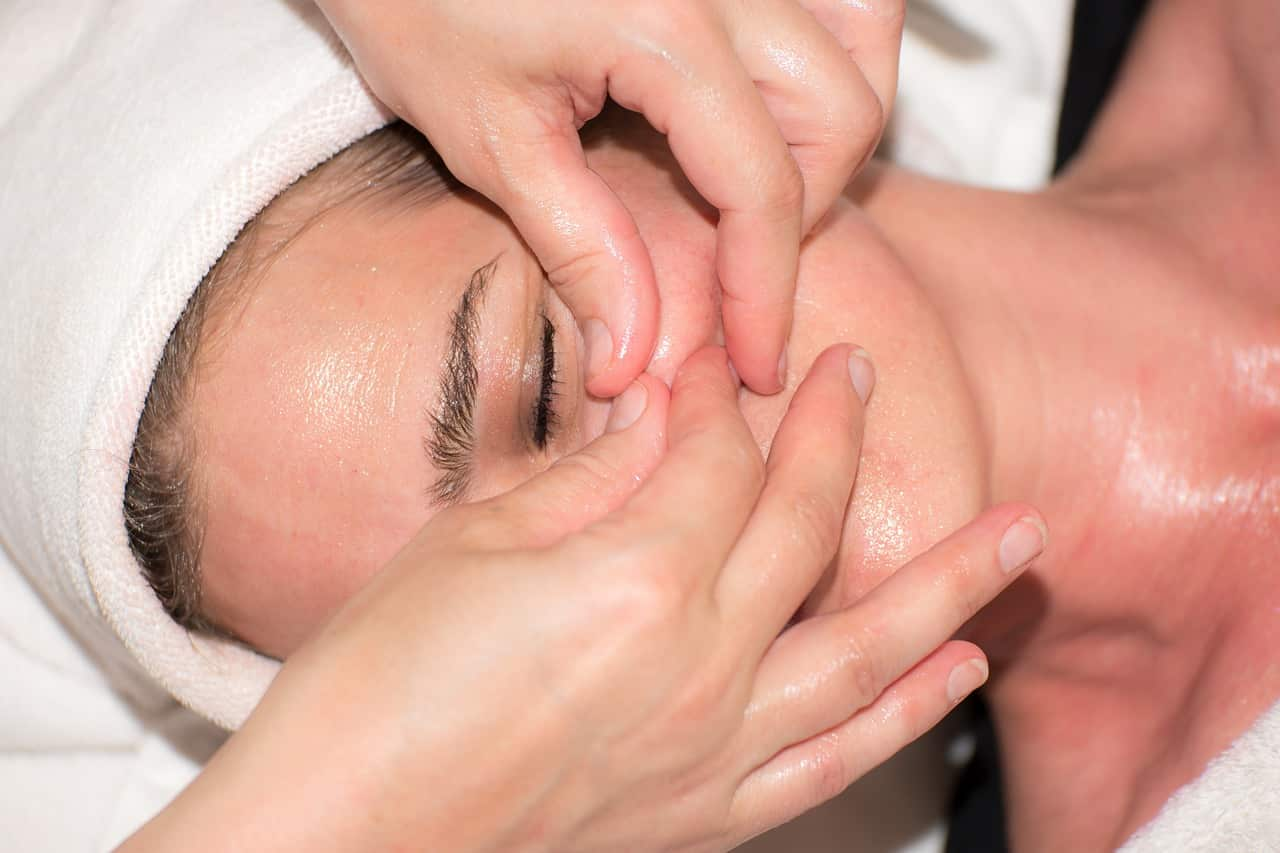 Le massage pour une belle peau