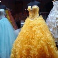 Comment bien choisir une robe de soirée?