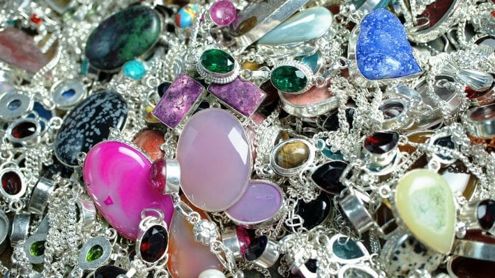 Bijoux Fantaisie : toujours au top de la mode