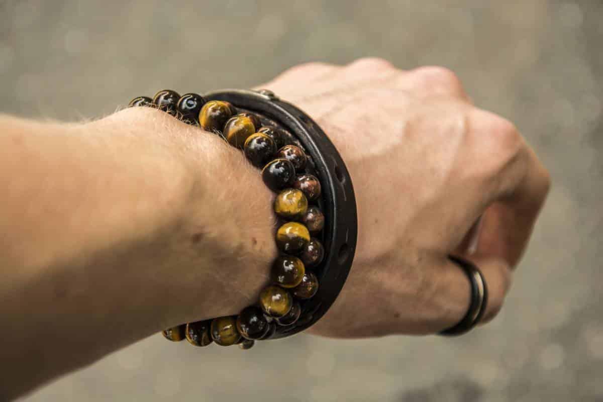 Les bracelets bien-être dans la tendance !