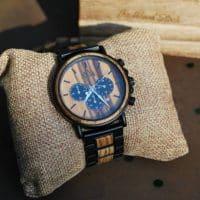 Zoom sur la mode des accessoires en bois