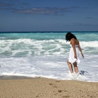 Quelle tenue pour aller à la plage cet été?