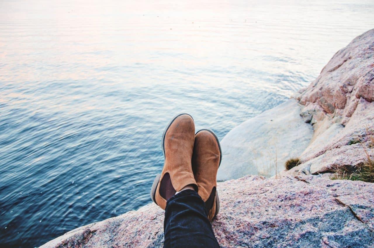 Bottines sans lacet : pourquoi elles ont la cote ?