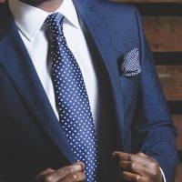 Comment choisir un costume sur mesure?