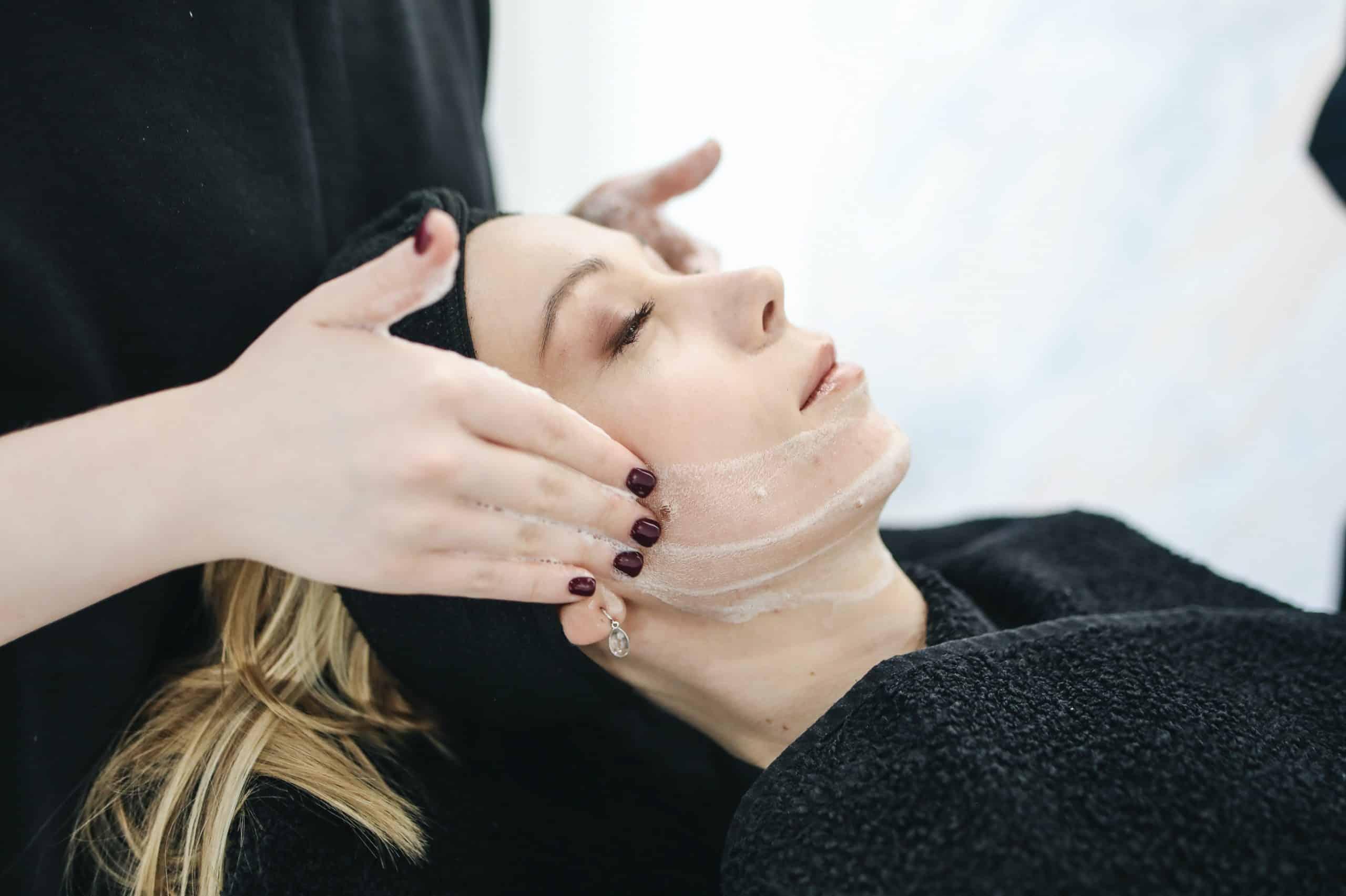 Professionnels et soin du visage