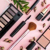 Maquillage de qualité et petit prix : ça existe ?