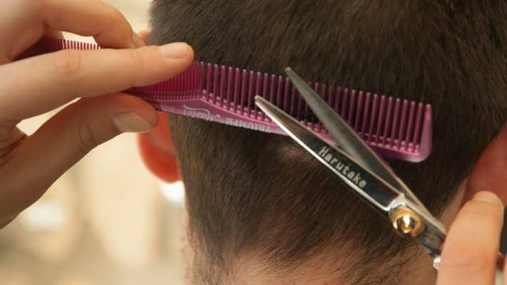 Comment trouver un coiffeur à domicile ?