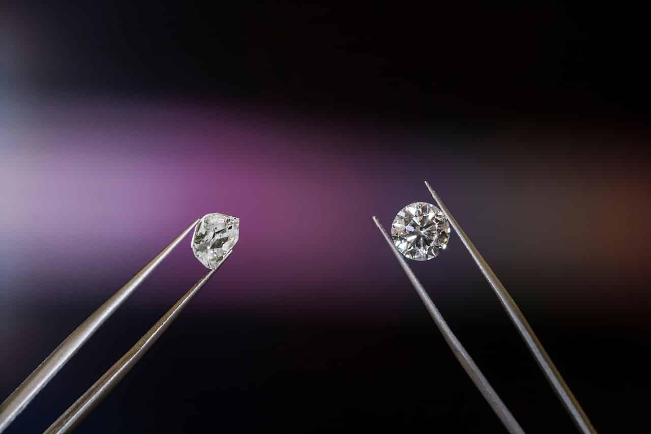 Comment choisir les bijoux en pierres naturelles?