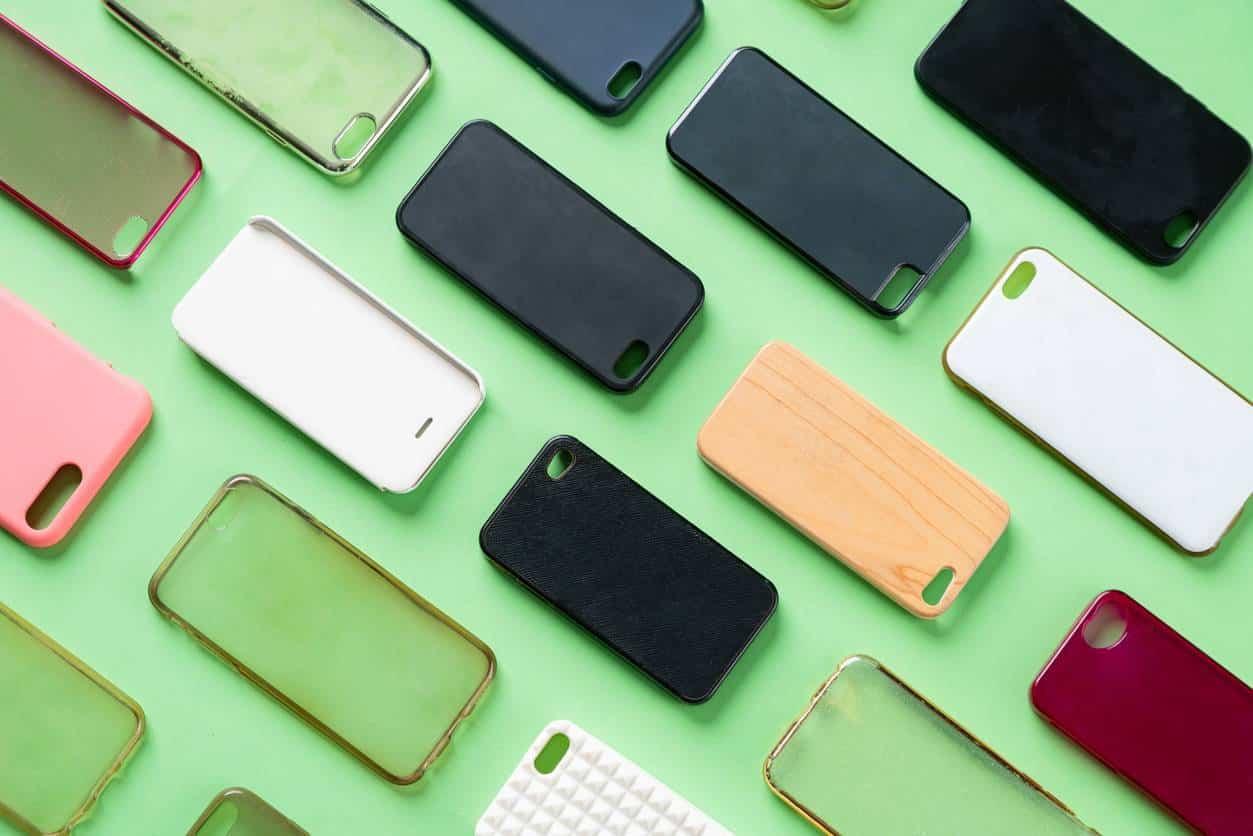 coques pour smartphone, des accessoires tendance pour l'été 2021