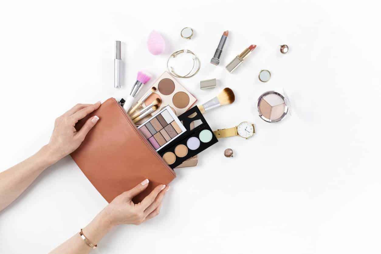 produits de maquillage à prix cassés pas chers