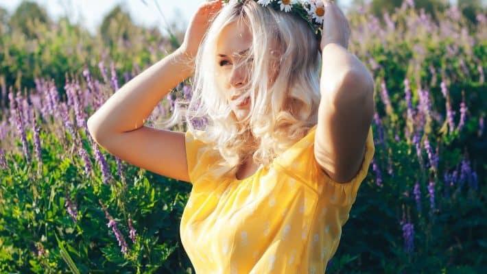 Tendance mode : le tee-shirt femme pièce phare de l'été