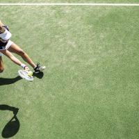 Les accessoires de mode pour jouer au Tennis avec classe